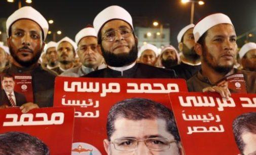 Situação no Egito é desafio para a língua portuguesa