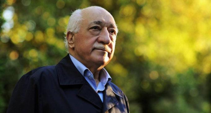 Gulen: A tentativa de golpe foi um cenário terrível construído por Erdogan