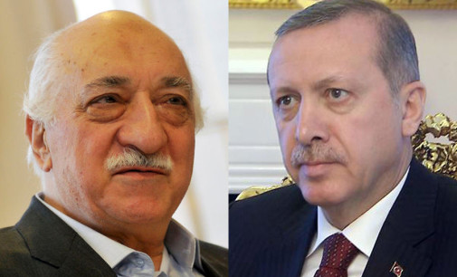 Hizmet Desmascara Erdogan antidemocrático
