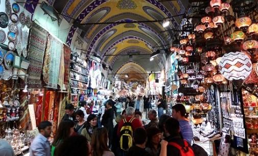 O Grande Bazar na Turquia é o ponto turístico mais visitado do mundo, com mais de 90 milhões de pessoas!