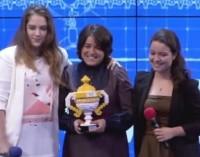 Professora turca recebe prêmio de Educador Inspirador