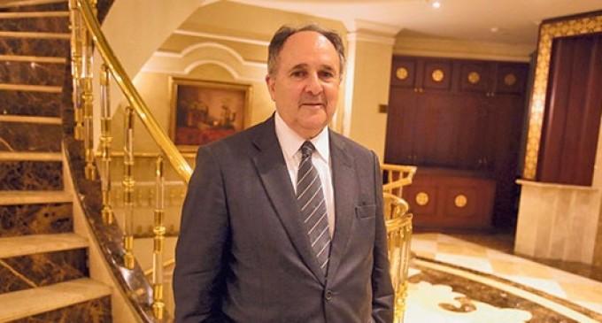 Senador brasileiro se impressiona com investimentos do Hizmet em educação