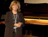 Pianista turca Idil Biret em São Paulo