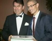 Jogador Alex é convidado de honra na festa do Dia da República da Turquia