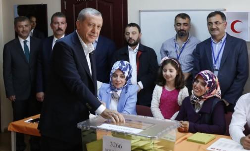 Gülen diz que a urna não é tudo numa democracia