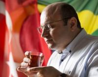 Mustafa Göktepe: 'Nenhuma religião aprova o terrorismo'