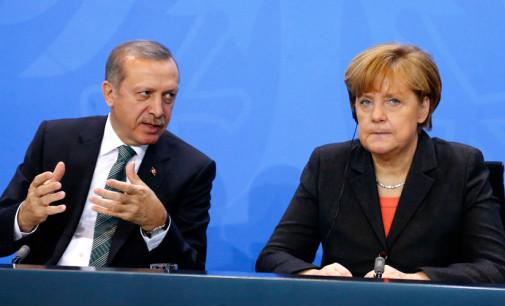 Merkel diz que Europa não deve repelir Turquia