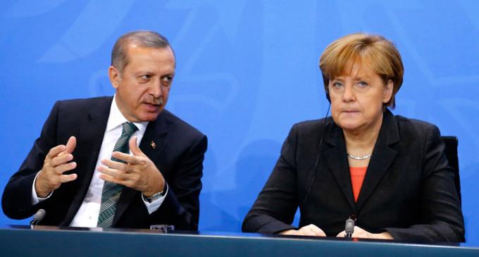 Berlim e Ancara se estranham cada vez mais