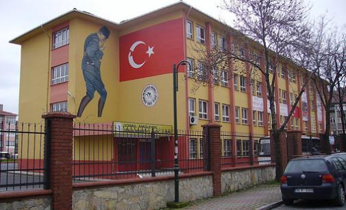 O fechamento das escolas turcas é impossível; a demanda está crescendo