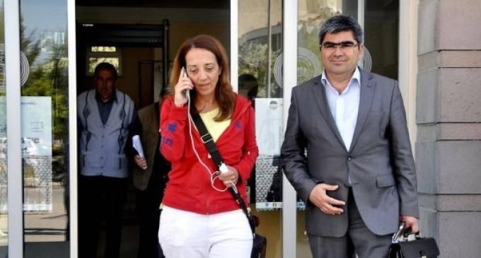 Ebru Umar, jornalista holandesa, presa por ofender Erdogan