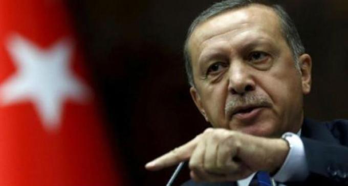 """Erdogan ameaça acusar de terrorismo os que """"ainda"""" apoiam Gülen"""