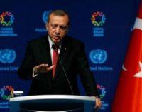 Novo gabinete da Turquia reflete poder de Erdogan