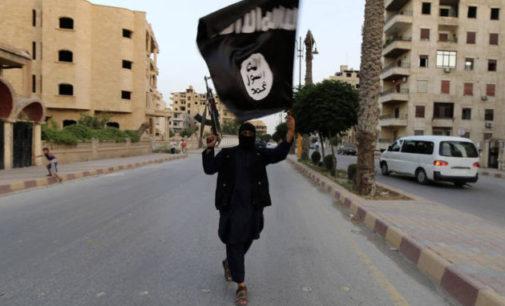Estado Islâmico divulga vídeo que mostra dois soldados turcos queimados vivos