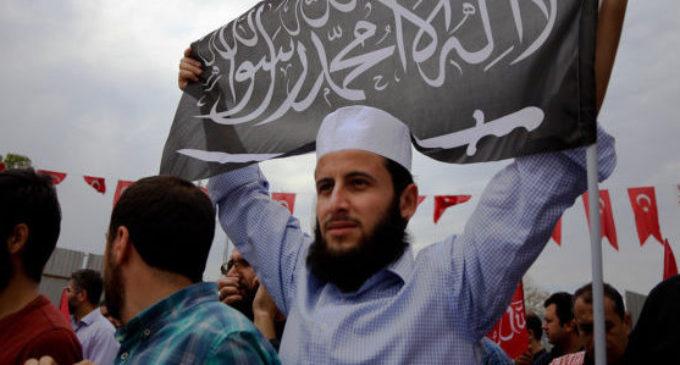 Alerta sobre o Estado Islâmico na Turquia