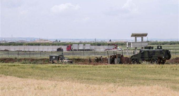Turquia prepara operações contra o Estado Islâmico na Síria