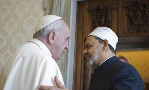 Papa e imã fazem reunião histórica no Vaticano