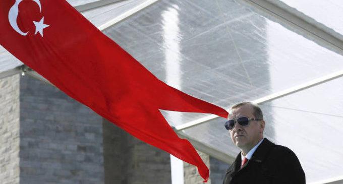 Turquia adota presidencialismo sem mudar Constituição