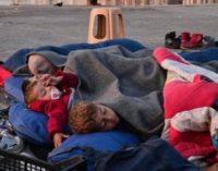 ONU pede à Grécia fim da detenção de refugiados