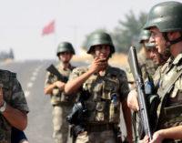 Quatro soldados turcos morrem em explosão