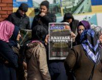 Governo turco decide encerrar o jornal Zaman
