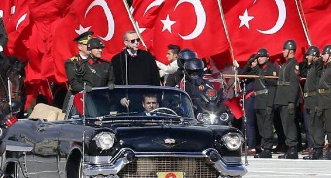 Turquia emite ordem de prisão contra 3 mil opositores