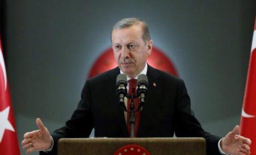 Parte dos turcos culpam Erdogan pelo atentado