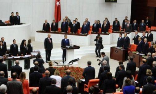 Turquia elimina imunidade parlamentar