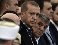 UE teme que líder turco use golpe para ampliar repressão a opositores
