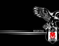Mario Gómez deixa o Besiktas por causa de crise política na Turquia