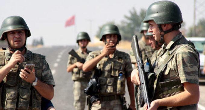 Dois soldados turcos mortos no norte do Iraque pelo PKK