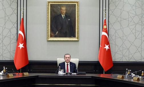 Extensão de expurgo na Turquia após fracasso de golpe de Estado