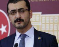 Serviço comunitário por insultar Erdogan