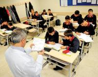 Escolas sendo fechadas por supostas ligações com golpe
