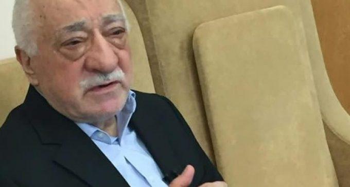 Gulen, o clérigo que a Turquia acusa de ser o responsável pelo golpe, culpa Erdogan