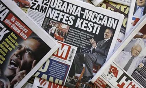 Governo turco fecha 131 meios de comunicação