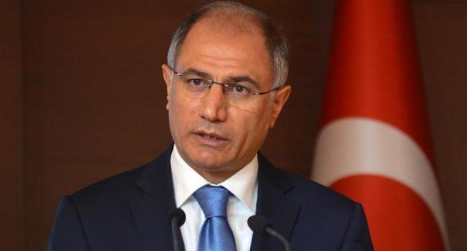 Ministro do Interior turco Efkan Ala renuncia