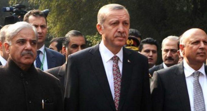 Paquistaneses não cedem a Erdogan