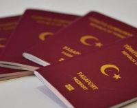 Como o governo turco cancela o passaporte de críticos