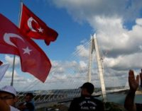 Terceira ponte de Istambul é aberta