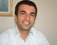 Turquia detém editor de jornal por ligação com tentativa de golpe