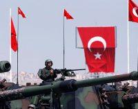 A Turquia encontra-se em um pântano