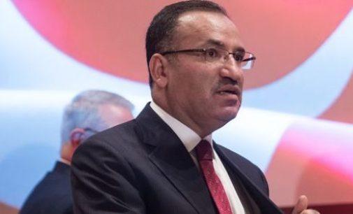 Ministro da justiça turco volta de mãos vazias pois os EUA não se compromete com a extradição de Gulen