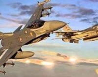Turquia acusa Assad de crimes de guerra por ataque químico na Síria