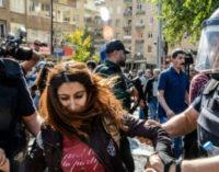 Polícia detém 25 pessoas que protestavam contra a prisão dos vice-prefeitos de Diyarbakir