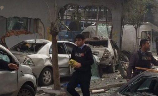 Explosão de moto perto de delegacia em Istambul fere 5