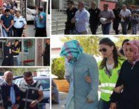 """""""Eles levaram a mamãe"""" – Órfãos do expurgo na Turquia"""