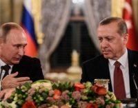 Turquia, Rússia assinam acordo de gás natural, normalizam as relações