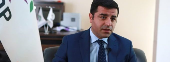 "Começa julgamento de líder pró-curdo acusado de ""terrorismo"""