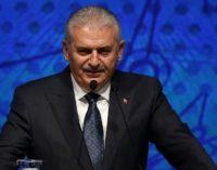 Premiê diz que estado de emergência deve ser suspenso antes de um possível referendo sobre sistema presidencial