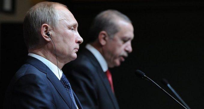 Porque a administração de Obama empurrou a Turquia para os braços da Rússia?